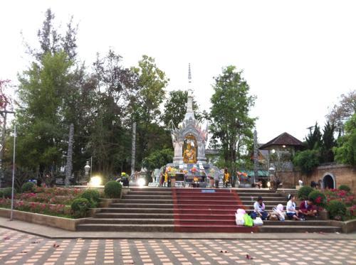 北部の町、チェンライ