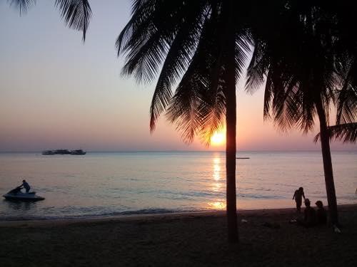 夕方のサムイ島