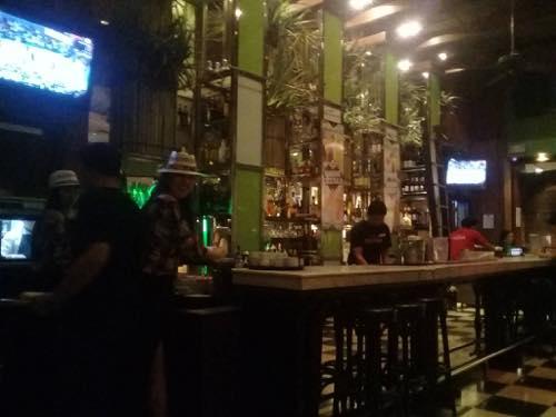 Cafe Havana店内