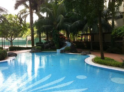 マレーシアのコンドミニアムのプール