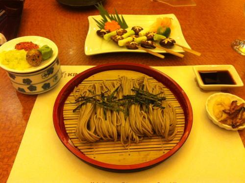 ざる蕎麦と串焼き