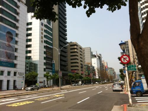 日曜日の上海の道路