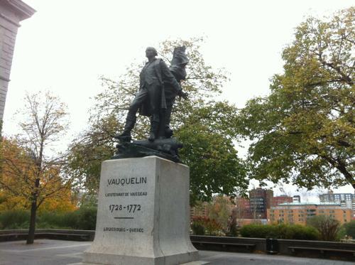 バンクーバーの石像