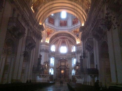 ザルツブルク大聖堂内部