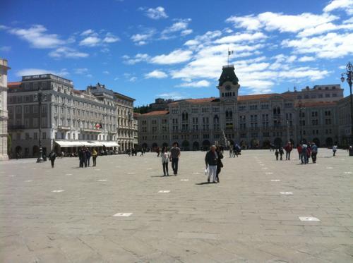 イタリア統一広場