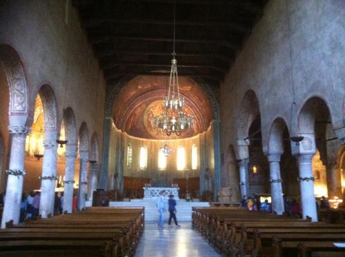 サン・ジュスト大聖堂の内部