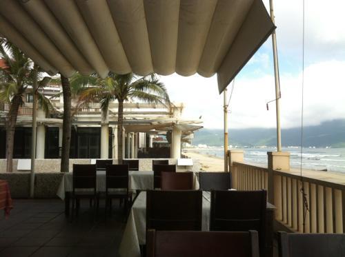 ダナン、ミーケービーチのレストラン