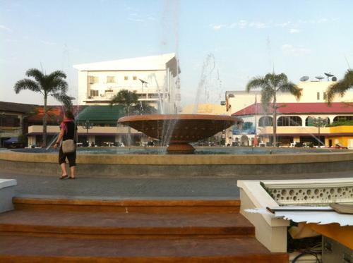 ナンプ広場