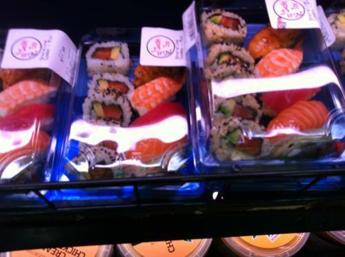 オーストラリアのスーパーで売られている寿司