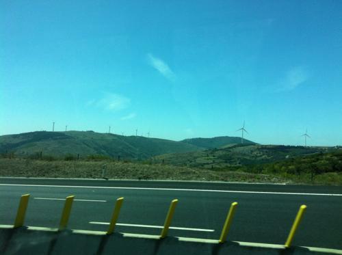 リスボンからオビドスに向かう途中の風景