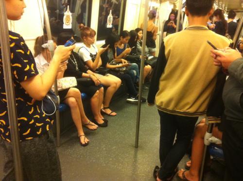 MRTの車内