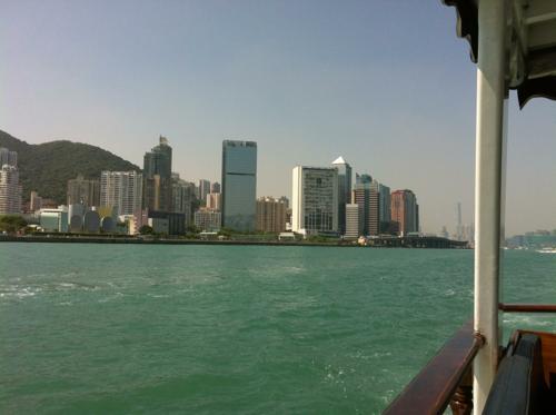 香港でのクルージング