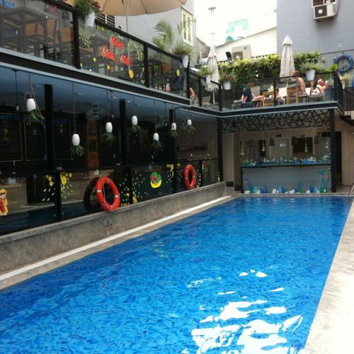 ホーチミンのホテルのプール